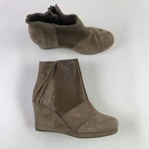 Toms Taupe Wedge Booties H6714879